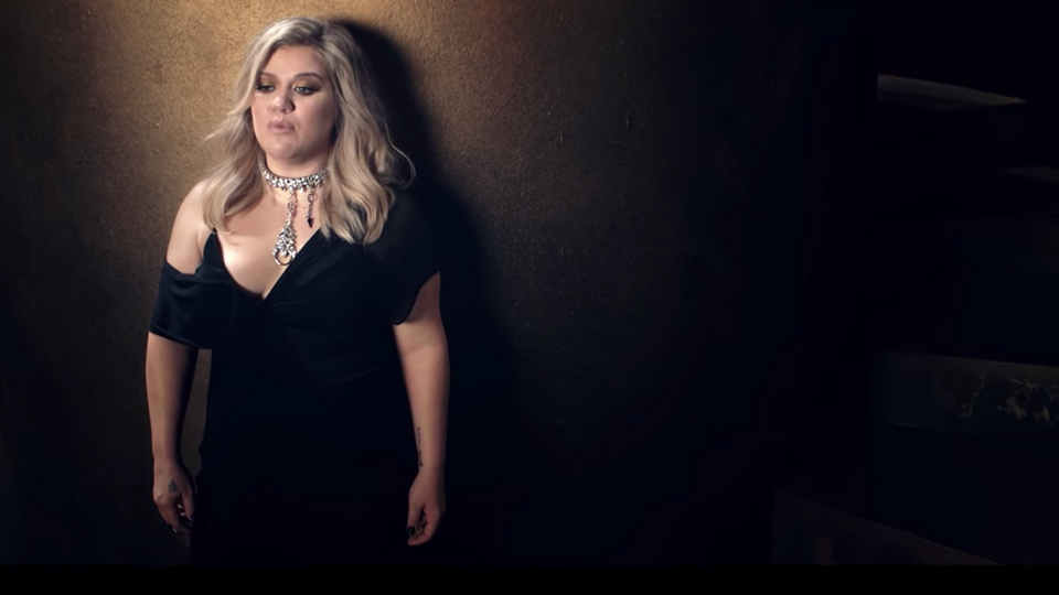 I DON'T THINK ABOUT YOU: KELLY CLARKSON