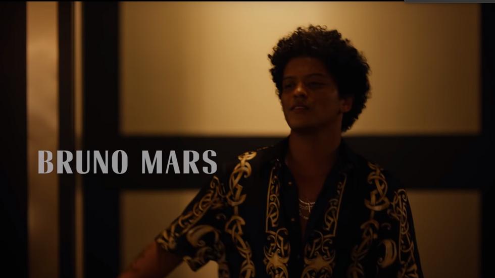 BRUNO MARS: VERSACE ON THE FLOOR