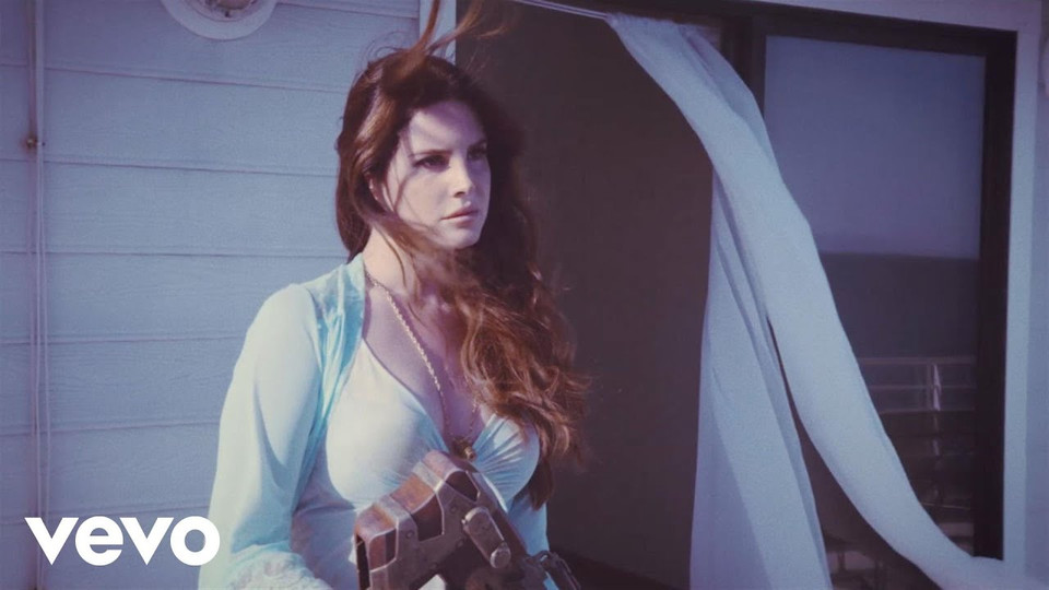 HIGH BY THE BEACH: LANA DEL REY