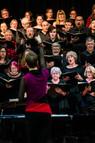 Sarah conducting Carmina Burana choriste