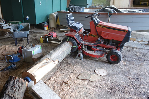 tractor lathe wheeled - 1.jpg
