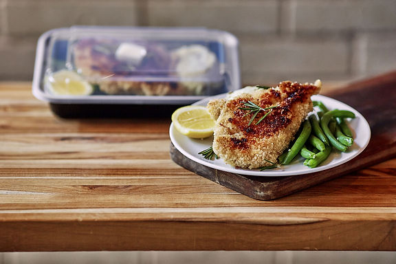 Chicken Milanese, Mashed Potatoes, Green Beans