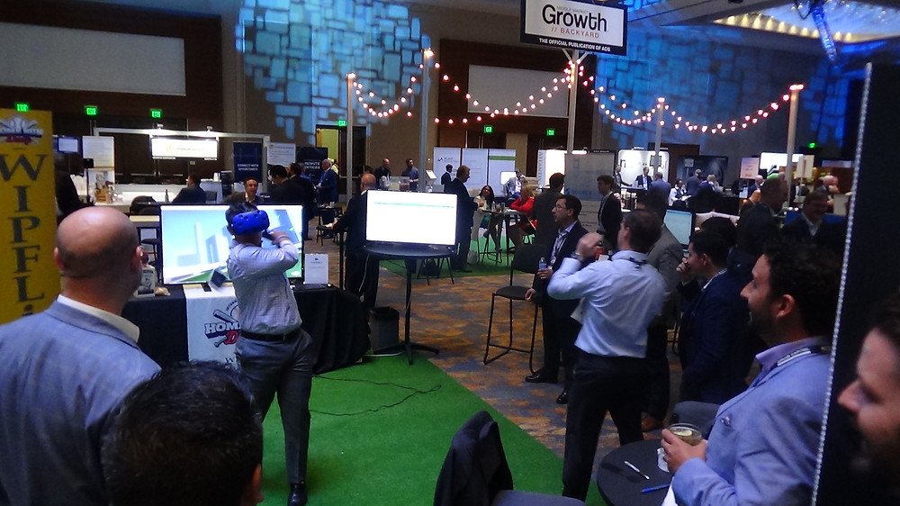 Home Run Derby VR Contest At A Virtual Reality Booth