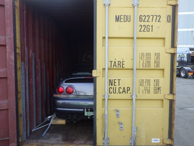 R33 Nissan Skyline in a shipping container