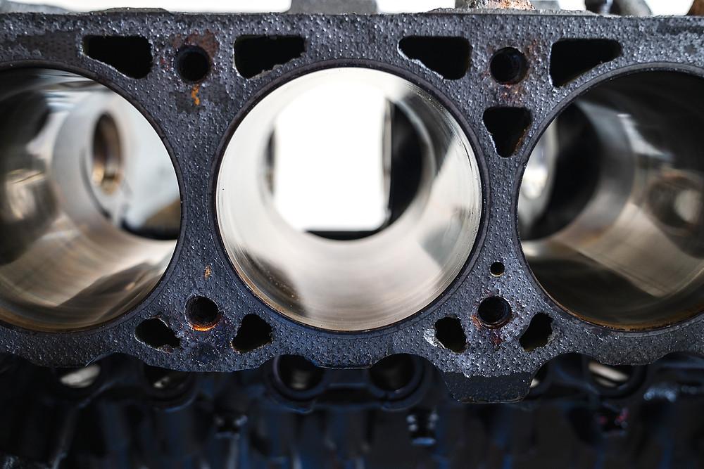 Dodge 5.2L Magnum engine block