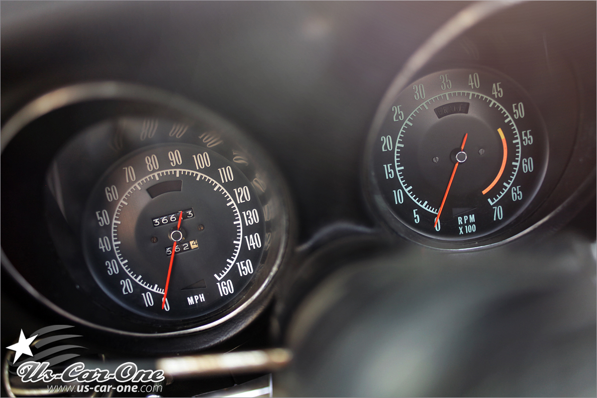 CORVETTE C3 STINGRAY CLOCKS