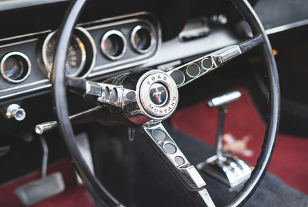 Mustang-Rent