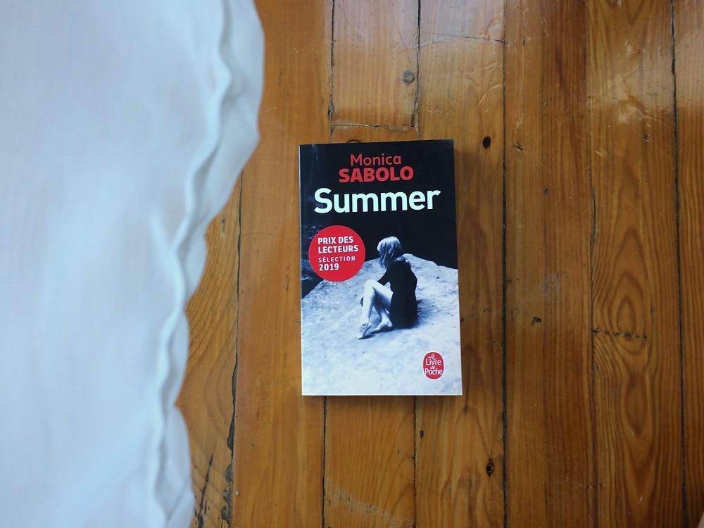 """Photo du livre """"Summer"""" de Monica Sabolo (2)"""