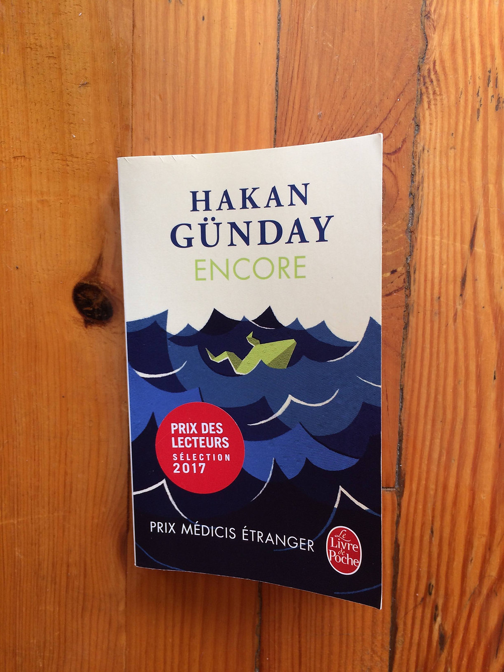 Photo du livre Encore de Hakan Günday (1)