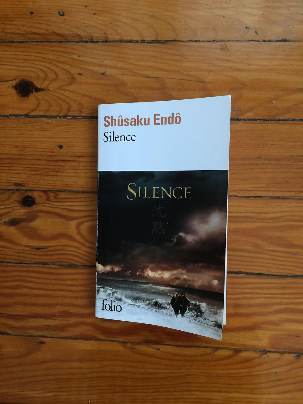"Photo du livre ""Silence"" de Shusakû Endô (1)"