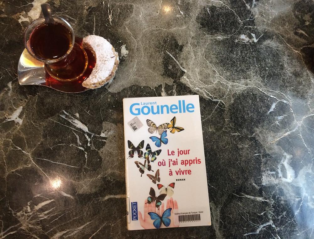 """Photo du livre """"Le jour où j'ai appris à vivre"""" de Laurent Gounelle (2)"""