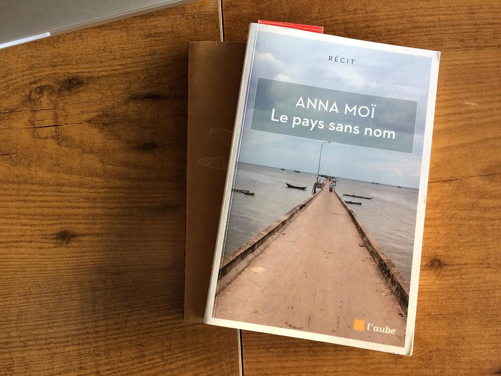 """Photo du livre """"Le pays sans nom"""" d'Anna Moï (2)"""