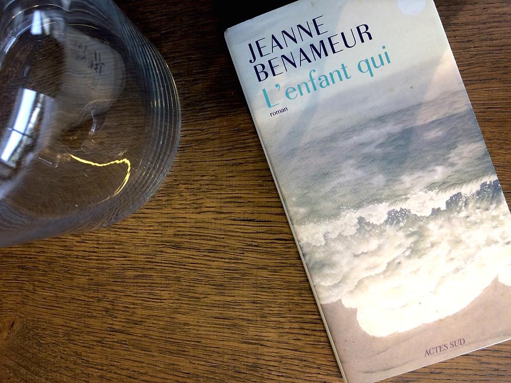 Photo du livre L'enfant qui, de Jeanne Benameur (2)