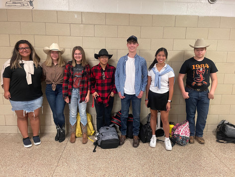 Homecoming Spirit Week: Country vs. Country Club Day
