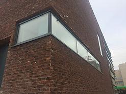 Кирпичная перемычка для углового окна