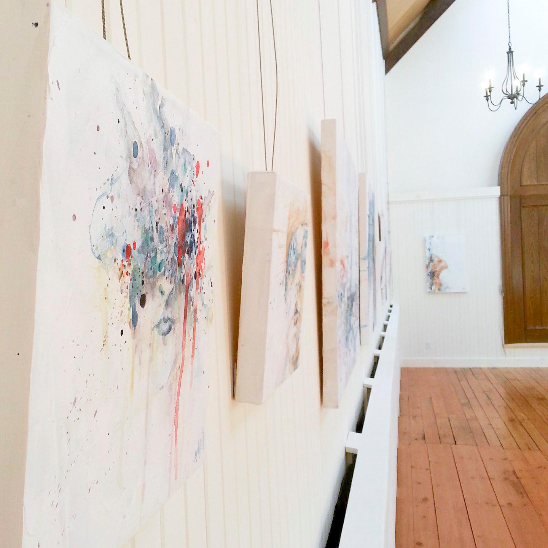 Détail de l'exposition solo au Manoir-Papineau, à Montebello