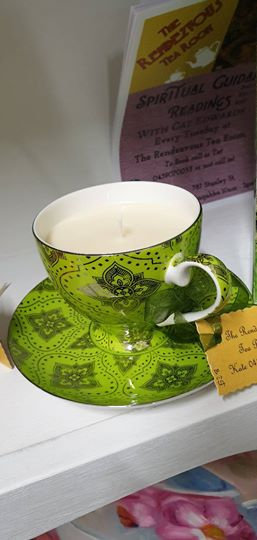 Candle in a Teacup - White