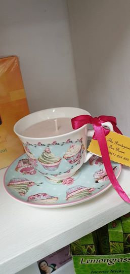 Candle in a Teacup - Cupcakes
