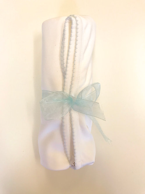 Dondolo pima blanket with blue picot trim