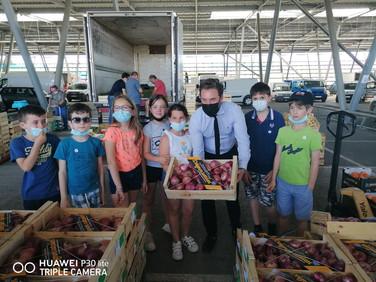 Une classe scolaire de CM1 à la découverte du marché de gros Perpignan-Méditerranée