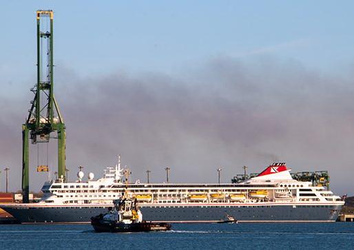 """""""Salvar, salva"""": Atraca en puerto cubano de Mariel crucero británico MS Braemar."""
