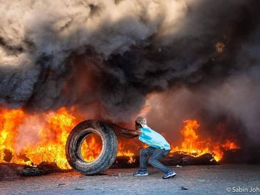 Arde Haití