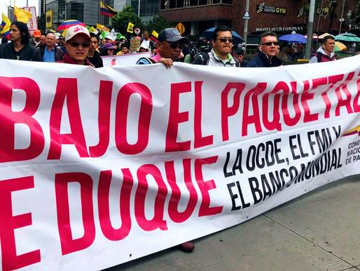 ¡No más masacre y censura a los colombianos!
