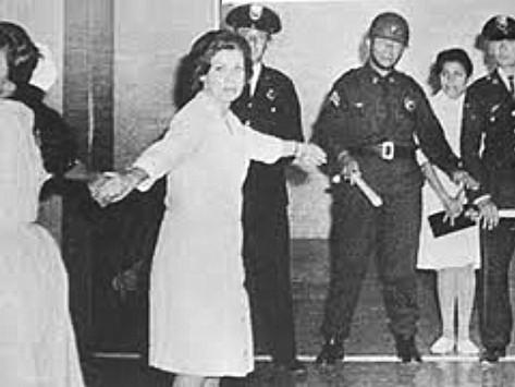 26 de agosto de 1965 represión a médicos en pie de lucha
