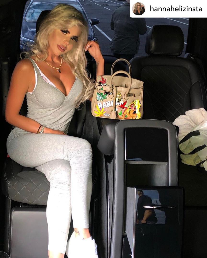 Hannah with customized Linchy bag