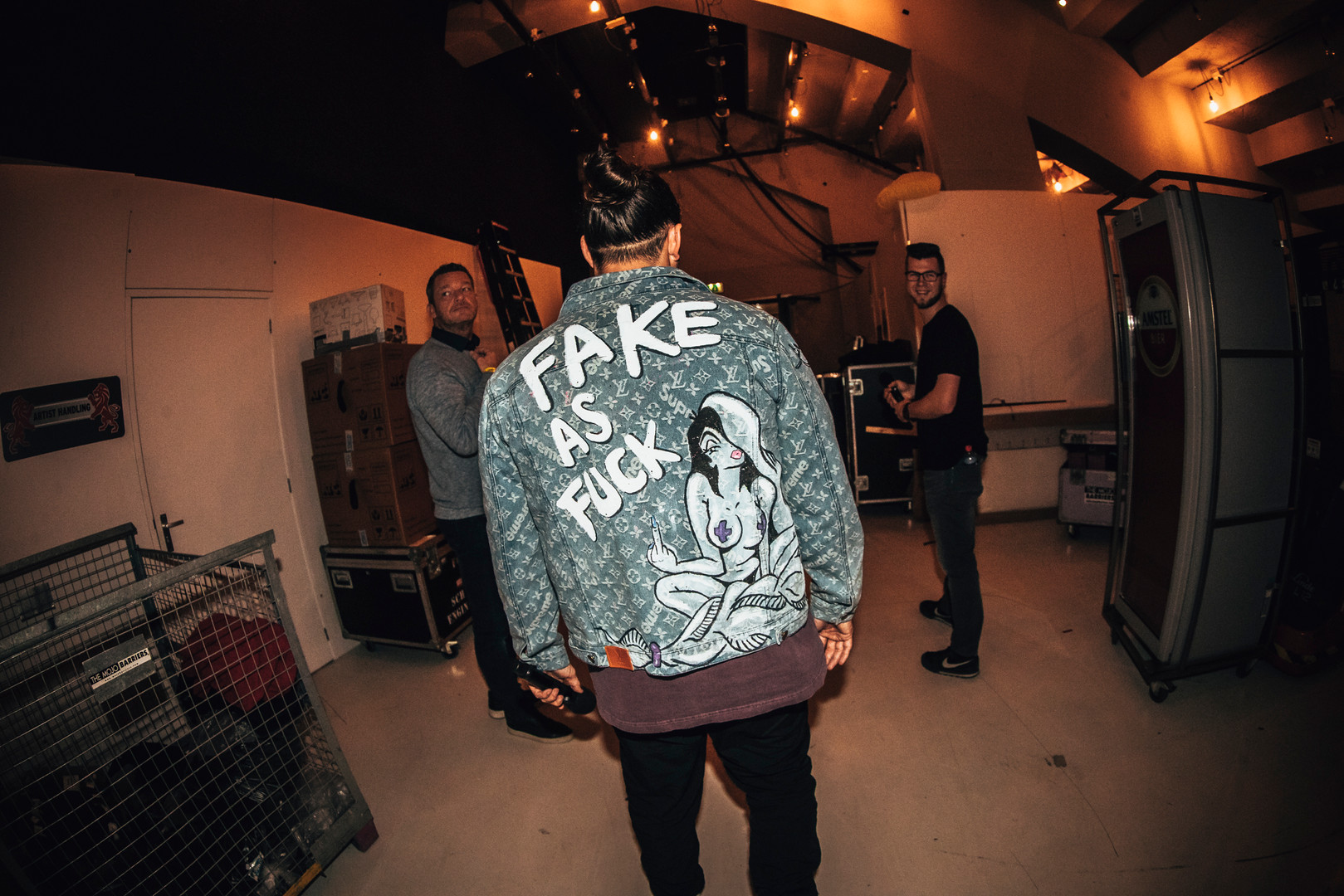 """Kraantje Pappie at VVAL2020 in """"Fake as Fuck"""" Linchy Jacket"""