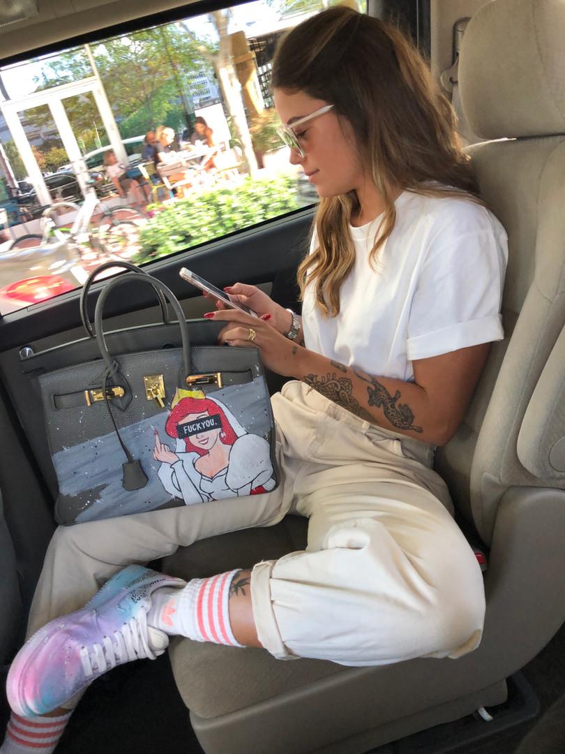 Alaïa Fonk with a customized bag
