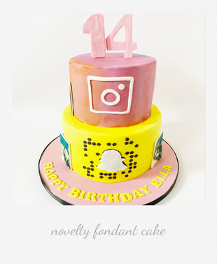 social media fondant cake.png