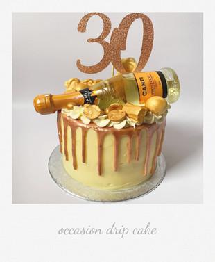 gold drip cake.jpg