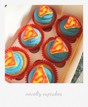supermancupcakespolariod.jpg