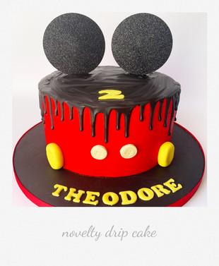 micky mouse novelty drip cake.jpg