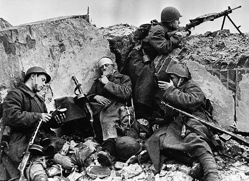 Soviet Troops.jpg