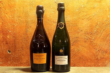 """- Bollinger, """"La Grande Année"""" 2007  - Veuve Clicquot, """"La Grande Dame"""" 1998"""