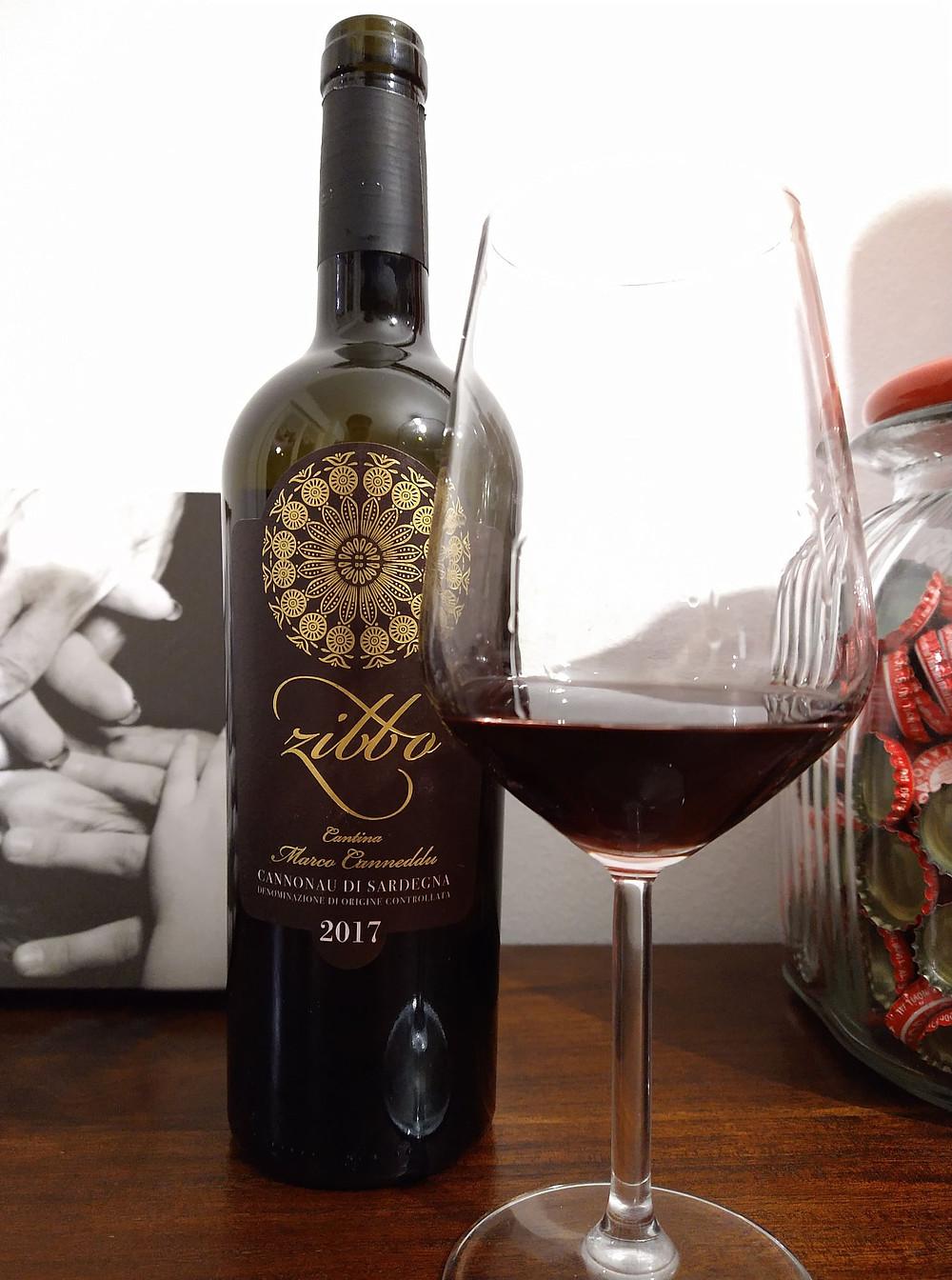 bottiglia di vino cannonau di Sardegna 2017 cantina marco canneddu