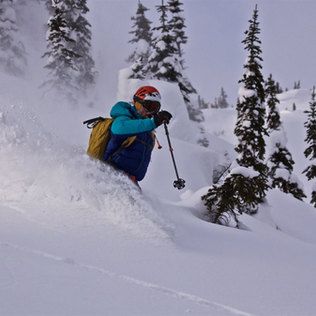 Alex Popov Photography skiing in Banff National Park