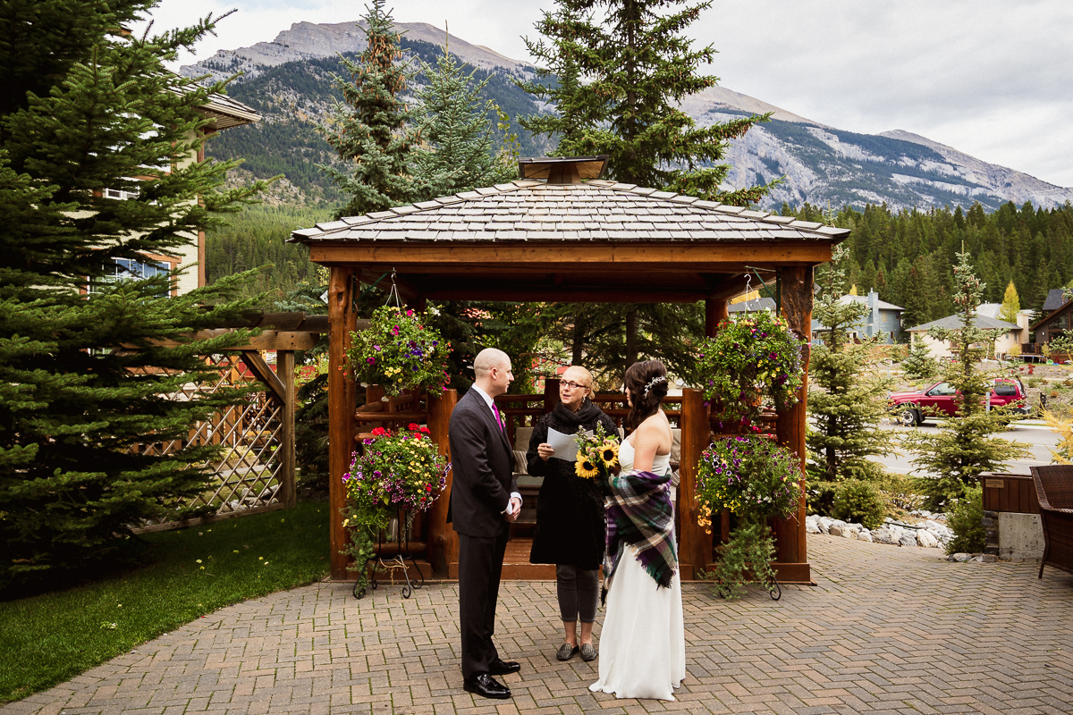Intimate elopement ceremony performed at A Bear and Bison Inn