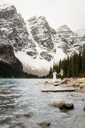 Banff engagment photographers at Moraine Lake