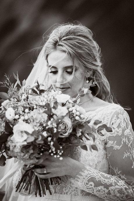 Fine art black and white Banff wedding photos