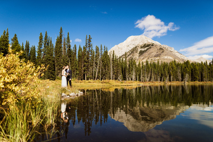 Hiking wedding photographers in Banff