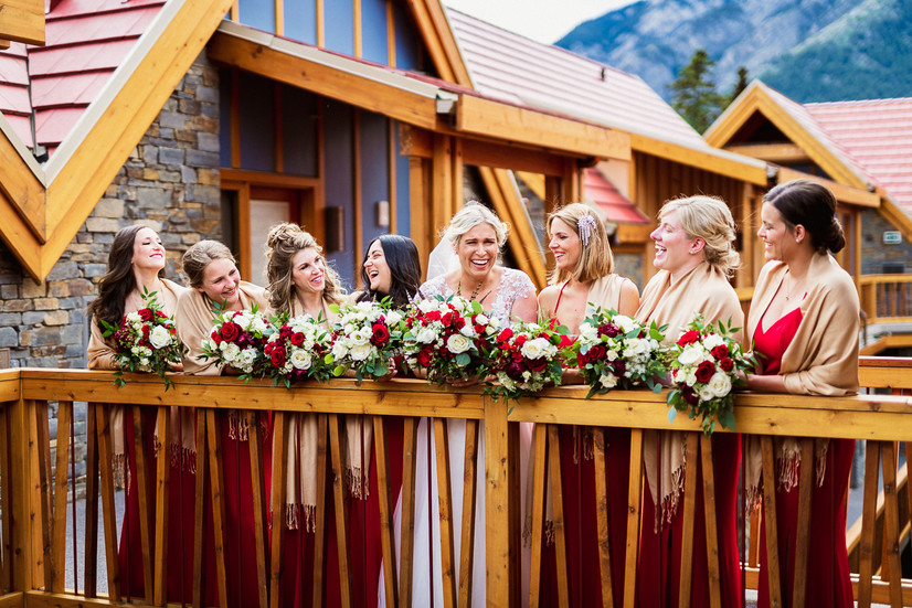 Bridal party and bride getting ready for Tunnel Mountain wedding