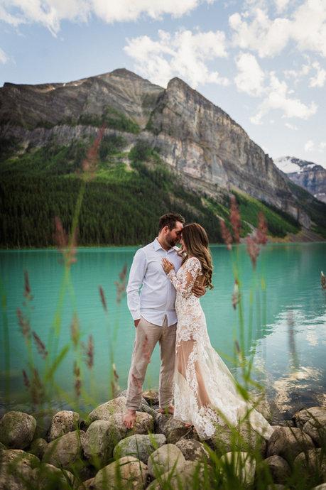 Lake Louise engagement photographers
