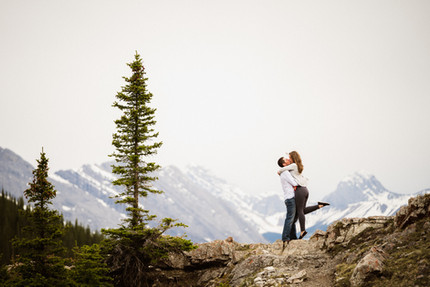 Banff engagement photos and adventure sessions