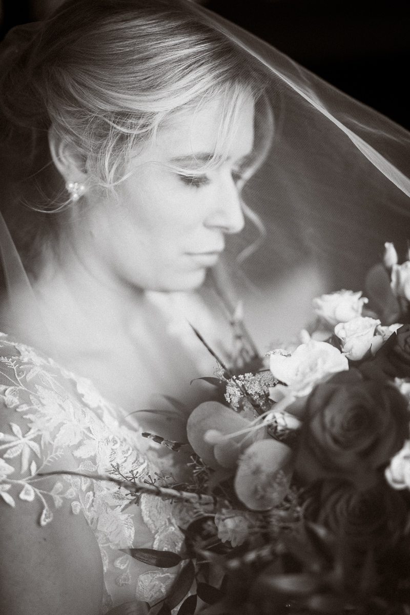 Black and white bridal portrait at Banff Park Lodge
