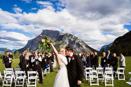 Banff wedding photographer at Tunnel Mountain Reservoir