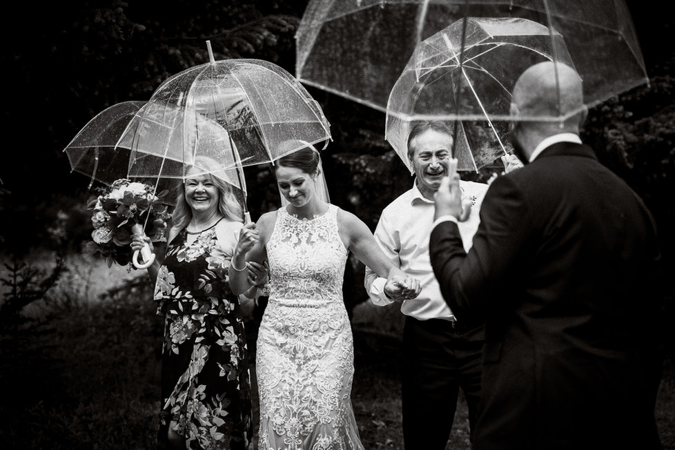 Candid wedding photography in Canmore by Alex Popov Photography