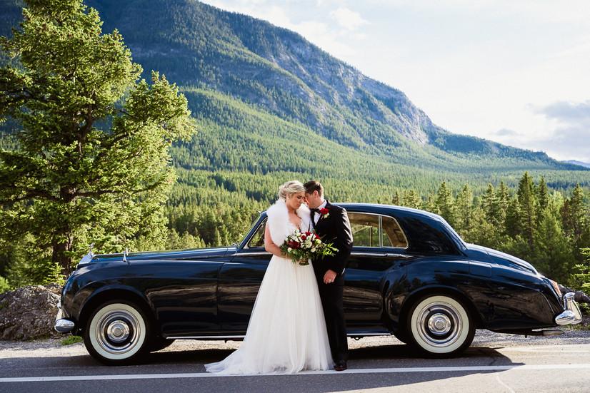 Luxurious Rolls Royce wedding photos in Banff